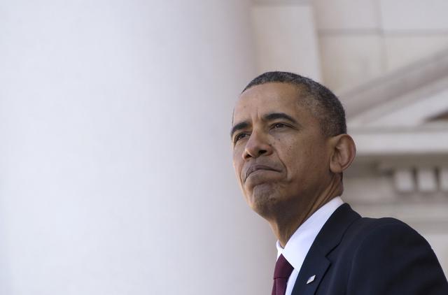 اوباما يمدد سريان العقوبات ضد ايران لعام آخر