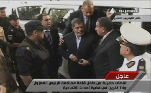 مرسي يرى استعادة مصر عافيتها في زوال كل ما ترتب على الانقلاب