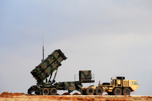 مصادر: الناتو يؤيد إبقاء صواريخ