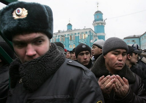 شرطة موسكو تقبض على عضو في