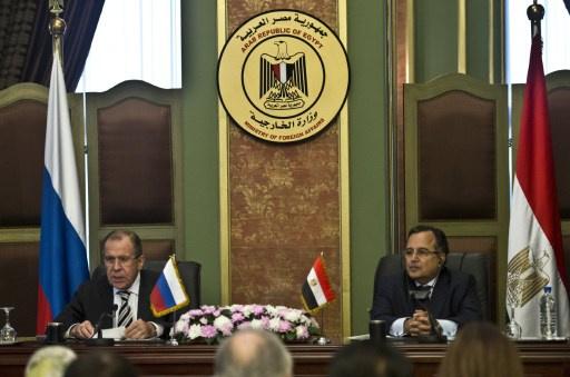 روسيا تنظر في تعليق توصياتها للسياح بعدم السفر إلى بلاد الأهرامات