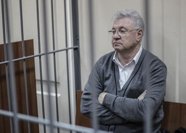 اعتقال عمدة مدينة أسترخان الروسية بتهمة استلام رشوة تتجاوز 300 ألف دولار