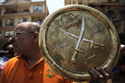وزير التضامن الاجتماعي المصري يدعو الإخوان المسلمين الى الاعتراف بالسلطات الجديدة قبل البدء بأي حوار