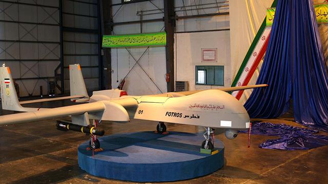 إيران تعرض طائرة استراتيجية بلا طيار