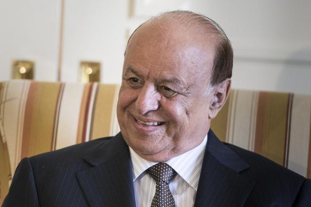 مسؤولون يمنيون كبار يرجحون بقاء منصور هادي في منصب الرئاسة بعد 2014