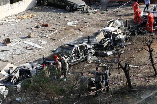 الجيش اللبناني يتعرّف على أشلاء الانتحاريين وادانات دولية للحادث