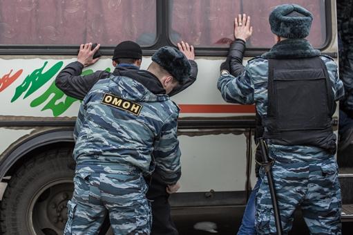 قوات الأمن الروسية تلقي القبض على عضو في تنظيم متطرف محظور في روسيا