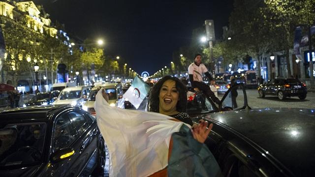 مقتل 12 شخصا وإصابة العشرات في احتفال الجزائر بالتأهل لمونديال البرازيل