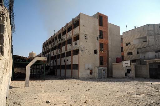 مقتل شخص واصابة آخرين في سقوط قذائف على مدرسة وكلية في دمشق