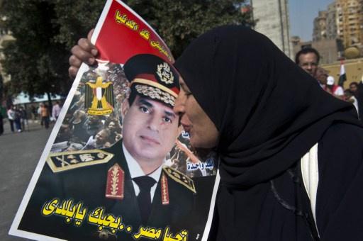 السيسي عن ترشحه للرئاسة: لكل حادث حديث