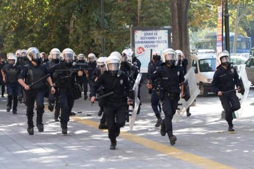 الشرطة التركية تلقي القبض على رجل حاول تفجير نفسه أمام مقر رئيس الوزراء في أنقرة