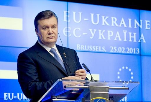 أوكرانيا تجمد العمل على اتفاقية الشراكة مع الاتحاد الأوروبي