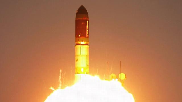 بالفيديو..اطلاق صاروخ