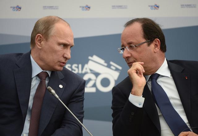 بوتين يناقش مع هولاند هاتفيا النزاع في سورية والملف النووي الايراني