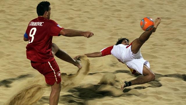 الامارات في مواجهة ساخنة مع ايران في نصف نهائي كأس القارات لكرة القدم الشاطئية