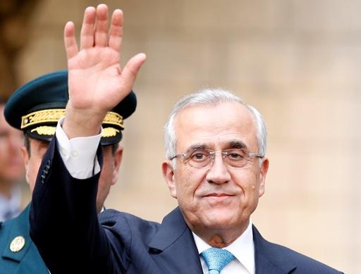 سليمان: لبنان يتعرض لخطر يمس وجوده