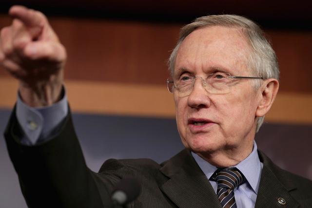 زعيم الأغلبية في مجلس الشيوخ الأمريكي عازم على المضي قدما بفرض عقوبات اضافية على ايران