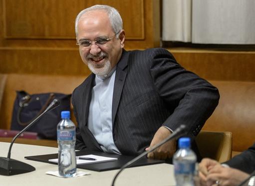 ظريف: لا اتفاق مع السداسية دون اعترافها بحق إيران في تخصيب اليورانيوم