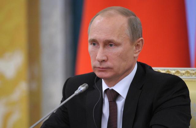 بوتين يتهم الاتحاد الأوروبي بالضغط على أوكرانيا وابتزازها