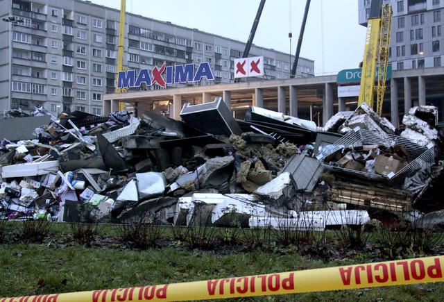 ادارة المتجر المنهار في العاصمة اللاتفية ريغا ستدفع الف دولار شهريا لاطفال الضحايا