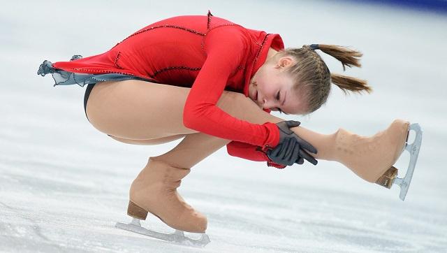 الروسية ليبيتسكايا تتوج بذهبية التزحلق الفني على الجليد في موسكو