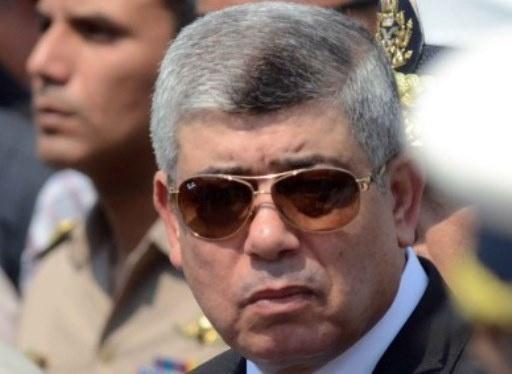 وزير الداخلية المصري يعلن اعتقال عشرات من الإرهابيين كانوا يخططون لاستهداف الشخصيات العامة والمنشآت الحيوية