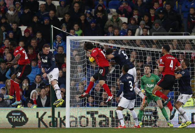 كارديف سيتي يفرض التعادل الإيجابي على مانشستر يونايتد