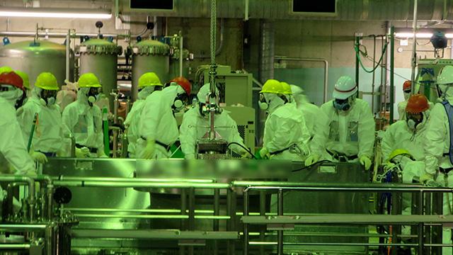 بدء عملية إزالة الوقود النووي في محطة فوكوشيما الكهروذرية