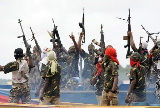 مقتل 37 شخصا في هجمات نفذها مسلحون وسط نيجيريا