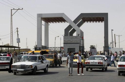 السلطات المصرية تقرر فتح معبر رفح لمدة يومين لعبور العالقين