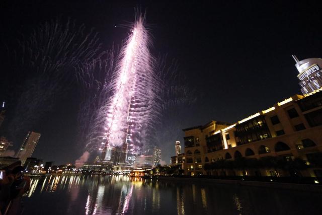 دبي تفوز بحق استضافة معرض