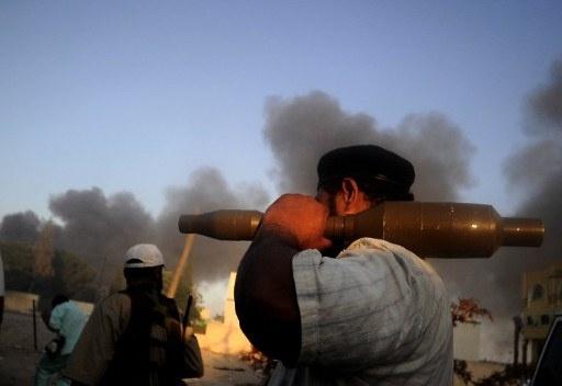 أكثر من 40 قتيلا بانفجار مستودع للذخيرة والسلاح في جنوب ليبيا