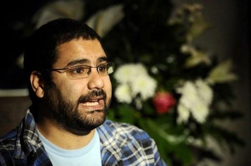 القبض على الناشط السياسي المصري علاء عبد الفتاح لاتهامه بمخالفة قانون التظاهر