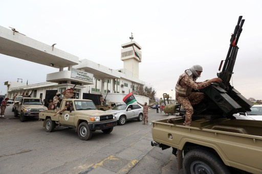 مقتل جندي ليبي برصاص مجهولين واستهداف نقطة تابعة للقوات الخاصة في بنغازي