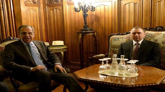 لافروف ونظيره البيلاروسي فلاديمير ماكاي خلال اجتماع يوم الثلاثاء 19 نوفمبر/تشرين الثاني 2013، في وزارة الخارجية في موسكو