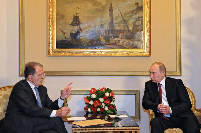 فلاديمير بوتين مع رومانو برودي