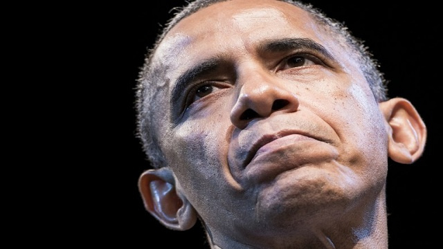 باراك أوباما ممنوع استخدام هاتف