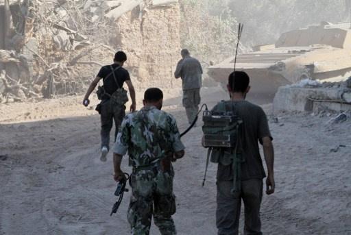 صحفي سوري: اشتباكات عنيفة في عدرا بعد دخول الجيش للمدينة