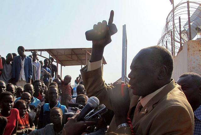وزير الاعلام في جنوب السودان مايكل مكوي
