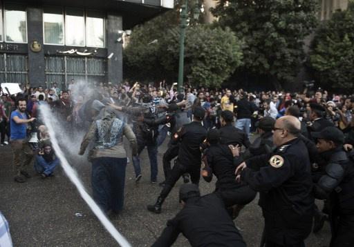 اشتون تعرب عن قلقها من انتهاكات حقوق الإنسان في مصر