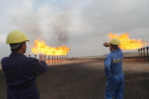 العراق يعلن تصدير مليونين و381 ألف برميل نفط يوميا في نوفمبر