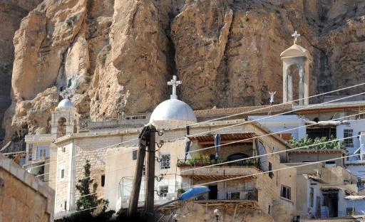 مسلحو المعارضة السورية يختطفون رئيسة دير مار تقلا وعددا من راهباته