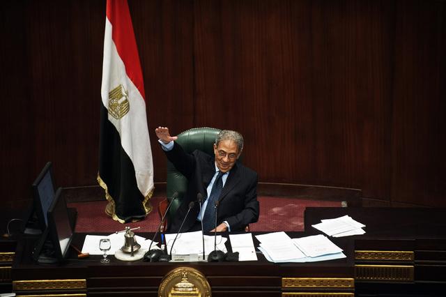 عمرو موسى يدعو المصريين للتصويت بـ