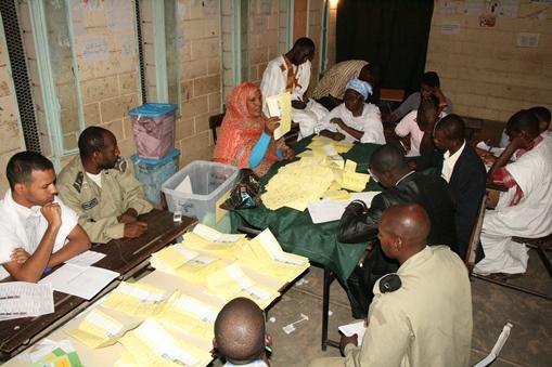 الحزب الحاكم يفوز بغالبية المقاعد في برلمان موريتانيا