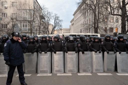 حزب الأقاليم الحاكم في أوكرانيا يتهم المعارضة بالسعي للاستيلاء على السلطة