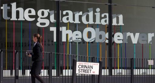 بريطانيا تهدد الصحفيين الذين نشروا وثائق سنودن بقانون مكافحة الإرهاب