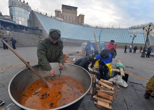 الرئيس الأوكراني في الصين لجذب مساعدات بقيمة 10 مليارات دولار