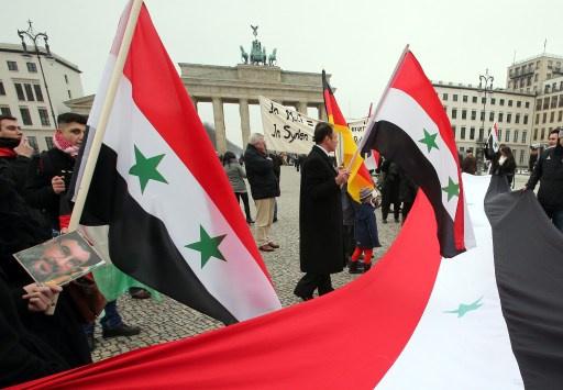 ألمانيا تتهم مواطنا مزدوج الجنسية بالتجسس على معارضين سوريين في برلين