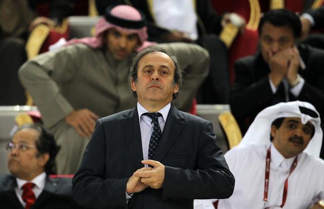 بلاتيني يؤكد أحقية قطر في مونديال 2022.. لكن ليس في فصل الصيف