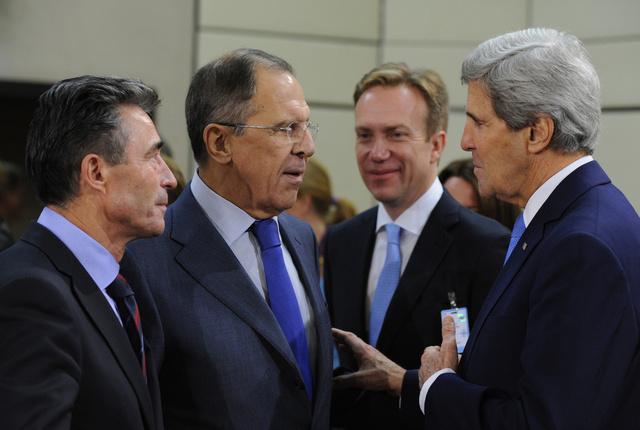 الخارجية الروسية: لافروف وكيري ناقشا التحضير لمؤتمر